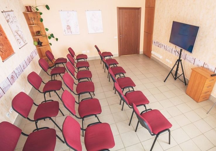 Конферец-зал для семинаров в Саратове